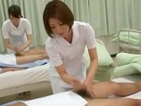 病室で手コキ抜き!体を拭くと勃起する患者を慣れた手つきで素早くシゴく看護婦たち