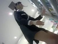 美人店員パンチラ盗撮!しゃがんで軽く股を開くともっこりしちゃう純白パンティー