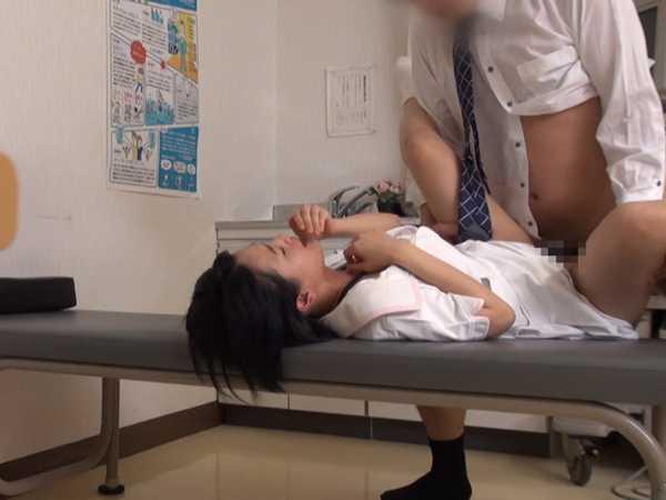 院内で密会SEXする看護師を覗き見しちゃいました。5