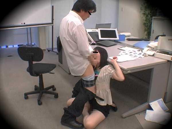 ●ノ内某外資系商社流出映像 オフィス内セクハラ盗撮2