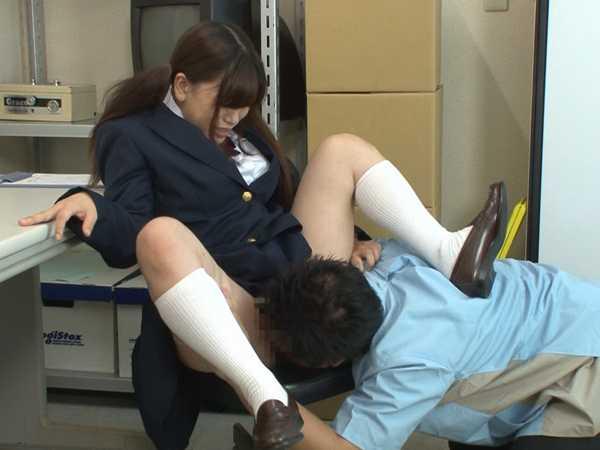 万引き女子校生を制裁レイプ-5