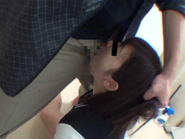 公衆トイレ美少女強制レイプ-4