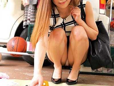 胸チラ&パンチラ動画-8