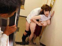 社内監視カメラねとられ映像!非常階段で同僚とハメまくる巨乳美人妻