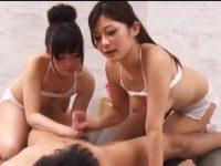回春VIPコースで2人の嬢がチ○ポを奪い合う!交代でシゴき続けられてすぐイキそうな男
