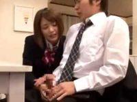 テーブルの下で足コキする妻の妹!会話しながらバレないようにシゴいて発射