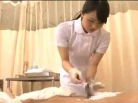 看護婦の可愛い妹が剃毛!勃起する兄に「こんなのことしないんだからね!」手コキ