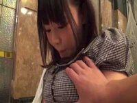おっぱいを掴まれると恥じらう巨乳娘!ブラから乳首を出したままハメてあげる