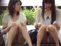 座りパンチラ盗撮!生足ミニスカでも隠さず純白パンティーを見せてくれる女性たち